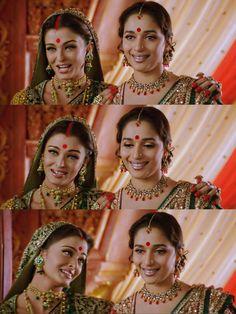 Aishwarya Rai & Madhuri Dixit in Devdas Vintage Bollywood, Indian Bollywood, Indian Actresses, Actors & Actresses, Royal Indian Wedding, Shah Rukh Khan Movies, Bridal Chuda, World Most Beautiful Woman, Aishwarya Rai Bachchan