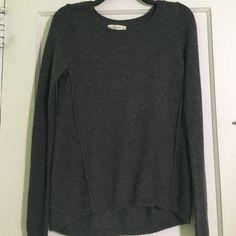 Grey Abercrombie & Fitch sweater Worn once still in great condition Abercrombie & Fitch Sweaters Crew & Scoop Necks