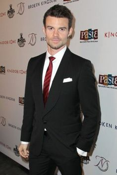 Who looks good in a suit... I do, I do Daniel Gillies