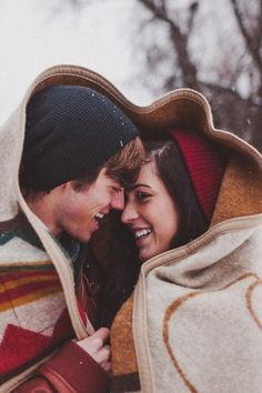 Posh Poses | Couples | Winter Inspiration | Candid Love | Fun & Cuddly | Winter Love | Festive Earth Tones