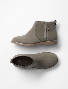827077dd7537e GAP Baby   Toddler Girls Size 6 NWT Brown   Gray Moto Zipper Boots Booties  Shoes