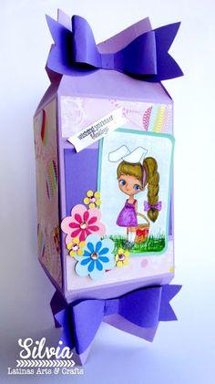 Silvia Scrap: Tutorial 51 en Latinas Arts & Crafts. Cajita en forma de caramelo Digi: Miss Lilly Bunny de Little Blue Button Stamps