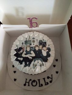 16th birthday cake 5 Seconds of Summer