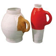 7 pots/ 3 centuries/ 2 materials Two pieces Ceramic Plates, Ceramic Pottery, Vases, Color Glaze, Kintsugi, Japanese Pottery, Contemporary Ceramics, Pottery Painting, Ceramic Artists