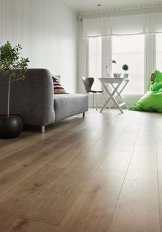   Oak HW      www. Wooden Flooring, Wax, Couch, Floors, Furniture, Barcelona, Home Decor, Style, Lounges