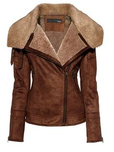 the best aviator jackets I might need an aviator jacket- faux everything of course. Off to find a vegan aviator jacketI might need an aviator jacket- faux everything of course. Off to find a vegan aviator jacket Look Fashion, Womens Fashion, Fashion Trends, Fashion Sale, Fashion Online, Fashion Beauty, Classic Leather Jacket, Aviator Jackets, Mode Inspiration