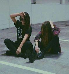 Bild über We Heart It #fashion #girl #girls #grunge