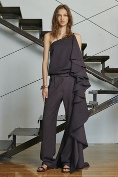 http://www.style.com/slideshows/fashion-shows/resort-2016/rosie-assoulin/collection/2