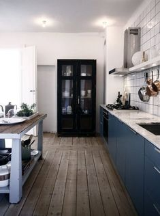 New Trend: Freestanding Storage Cabinets in the Kitchen | Apartment Therapy