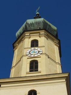 Graz: 7 atracciones para conocer la ciudad austriaca - EUROPEOS VIAJEROS Graz Austria, San Francisco Ferry, Building, Travel, Monuments, Getting To Know, Tourism, Europe, Cities