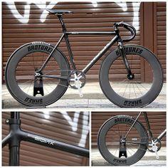 Fixed gear bike EQNX VS SHRED88 Custom!!