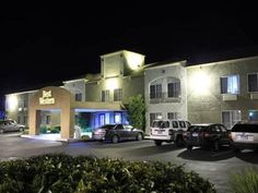 Redding (CA) Best Western Plus Twin View Inn and Suites United States, North America Stop at Best Western Plus Twin View Inn and Suites to discover the wonders of Redding (CA). The hotel offers guests a range of services and amenities designed to provide comfort and convenience. To be found at the hotel are 24-hour front desk, facilities for disabled guests, express check-in/check-out, Wi-Fi in public areas, car park. Each guestroom is elegantly furnished and equipped with han...