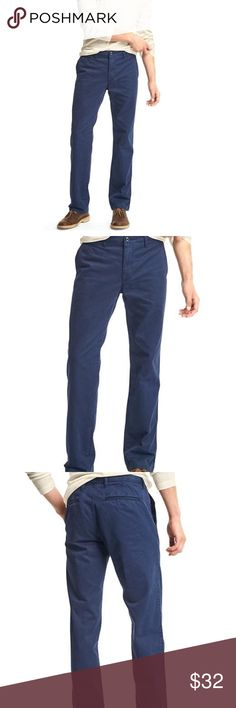 GAP Lived In Straight 33x36 Navy Blue 100% Cotton. Machine wash. Imported.  product details Slub twill weave. Zip fly, button closure. Front coin and slant pockets. Rear welt pockets. #355714 GAP Pants Chinos & Khakis