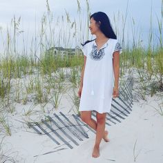 Barefoot beach babe! We are so glad you're loving the embroidery trend this summer, @sillafrancis.