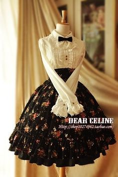 Adorable vintage fashion.