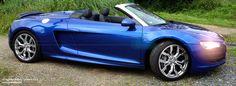 Der Audi R8 V10 beschleunigt in 3,9 Sekunden von 0 auf 100 km/h und erreicht eine Höchstgeschwindigkeit von 316 km/h (beim Spyder 4,1 s bzw. 313 km/h)