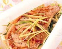 Saumon aux légumes en papillotes (facile, rapide) - Une recette CuisineAZ