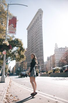 Tweed Mini in the City - Carly the Prepster Cute Outfits For School, College Outfits, Cool Outfits, Fashion Outfits, Autumn Fashion, Casual Outfits, Internship Outfit, College Prepster, Classic Chic