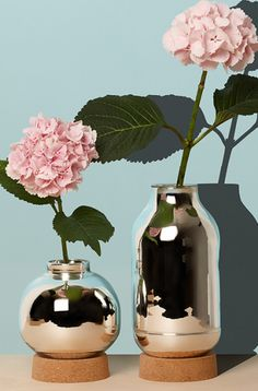 David Derksen Flask Vase Bijenkorf Pantone Color of the Year 2016 Rose Quartz Serenity