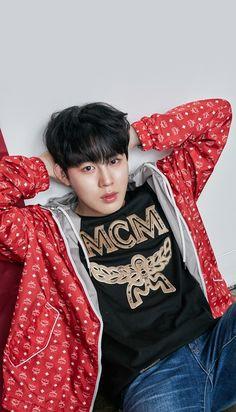Wanna One x STAR1 Magazine Ha Sungwoon Wallpaper