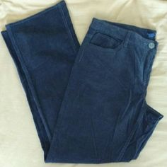 Slate Tommy Hilfiger Corduroy Boot Cut Jeans These are NWOT slate gray corduroy jeans by Tommy Hilfiger. The hems are perfect and untarnished, there are no snags or signs of wear. - Size: Ladies 14   - Color: Slate aka deep gray-blue - Cut: Boot cut - 98% cotton, 2% spandex for a little stretch - Very cute back pockets with layering details - 5 pocket jeans - Machine washable  I have a 100% 5-star rating and always include extras for my Posh fam ?? Don't be a stranger and don't be scared to…