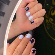 Baby Blue Nails, Glitter Gel Nails, Nail Treatment, Nail Colors, Colours, Pretty Nails, Nail Polish, Nail Art, Beauty