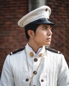 Paolo Avelino as Goyo (ctto) Philippines Fashion, Philippines Culture, Im Drunk I Love You, Pretty Boys, Cute Boys, Paulo Avelino, Hetalia Philippines, Philippine Army, Young Actors