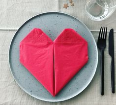Fold serviet som hjerte