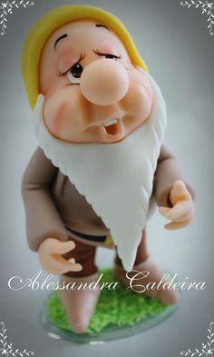 Dwarf-Snow White   Alessandro Caldeira   Gumpaste Figures