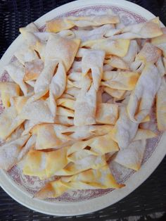 Pieczone faworki Cake Cookies, Sugar Cookies, Russian Desserts, Cake Recipes, Dessert Recipes, Polish Recipes, Great Recipes, Food And Drink, Cooking Recipes