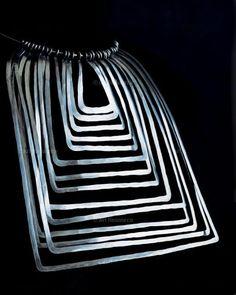 Necklace | Alexander Calder. Silver wire. ca. 1948.