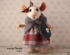 Souris avec sac, Figurine de collection, habillé de souris, Sculpture souple, à l'aiguille animaux feutrés, feutre mignon, Eco jouet, poupée d'Art