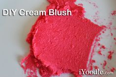 Here is my homemade experimental cream blush that I absolutely love and use daily. It moisturizes my face, does not cause breakouts, and is easily washed away. I also love that it doesn't look caked on like some powder blushes. What you will need:…