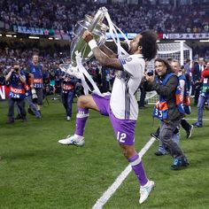 Marcelo Real Madrid C.F. Champions League duodecima 12 Cardiff 2017
