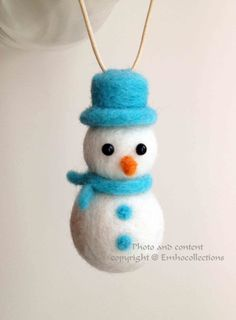 Items similar to Christmas Ornaments Needle Felted Snowman Ornament - Christmas Tree Ornament on Etsy Felt Christmas Decorations, Felt Christmas Ornaments, Snowman Ornaments, Christmas Crafts, Ornaments Ideas, Homemade Christmas, Christmas Snowman, Wool Needle Felting, Needle Felted Animals