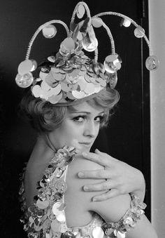 THE CAROL BURNETT SHOW - TV SHOW PHOTO #31 - Bernadette Peters