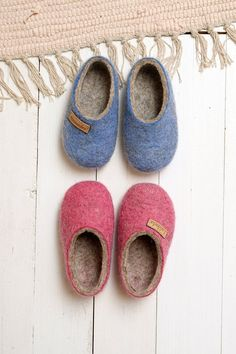 4a38b8f57e95 Felt kids slippers- felted baby slippers- wool baby clogs- kids felt ...