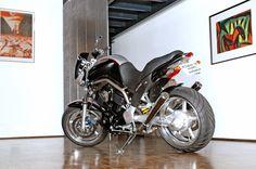 BT1100 Ride-In 2004