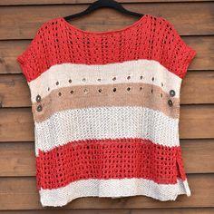Stickad poncho eller sjal. Design: Linda Brodin Crochet Top, Warm, Tops, Design, Women, Fashion, Moda, Fashion Styles