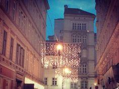 Wiener Weihnachtsbeleuchtung Innenstadt Wien Berlin, Louvre, Chandelier, Ceiling Lights, Lighting, Building, Home Decor, Xmas Lights, Christmas