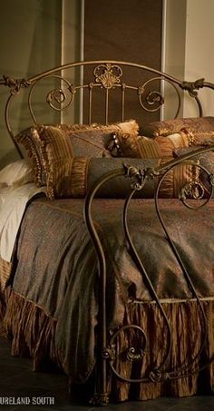 "I'm not usually into "" ornate"" design, but even I can't help but fall for the romance of a wrought iron bed frame. Dream Bedroom, Home Bedroom, Bedroom Decor, Tuscan Bedroom, Master Bedroom, Wrought Iron Beds, Brass Bed, Brass Headboard, Home Goods Decor"