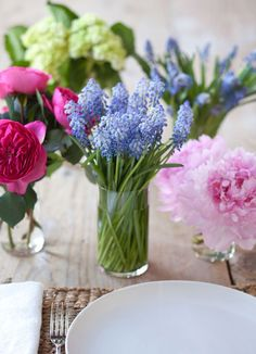 How to Make a Cool Flower Arrangement: 8 DIY Ideas for Spring