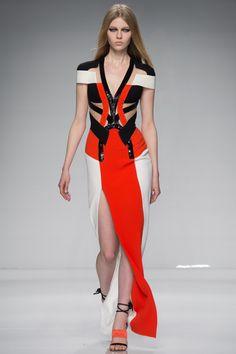 Atelier Versace Spring 2016 Couture Fashion Show - Katya Ledneva (Women)