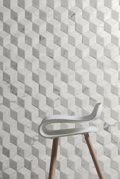 Marmi Bianchi | Coem porcelain stoneware tiles and ceramics for outdoor flooring and indoor wall tiling.