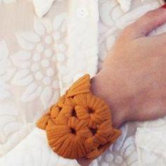 Bug Bag estrena colección de pulseras y collares de trapillo