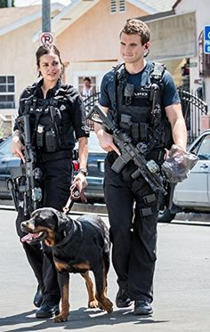 Lina Esco and Alex Russell Tv Shows 2017, Tv Series 2017, Series Movies, Lina Esco, Alex Russell, Cops Tv, Swat Police, Support Police, Cop Show