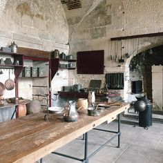 Ô Mon Château ! | Les cuisines d'Antonin Carême au château de Valençay Careme was a famed chef who came up from poverty to cook for France' elite. This is part of the huge basement kitchen he used while working for Tallyrand.