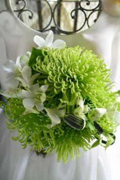 green wedding bouquet