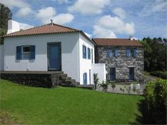 Farm for Sale Horta, Azores, Portugal - House + Stone Cottage With Seaview (MD9386210), 225,000 EUR, 2016-09-12 - Mondinion.com Global Real Estate
