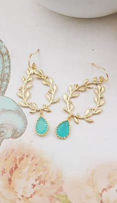 Fab turquoise drop earrings - turquoise just makes me think of summer!